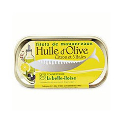 Mackerel fillets in olive oil, lemon and five bays