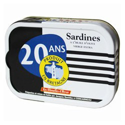 "Sardines in Extra Virgin Olive Oil, ""20 year product in Brittany"""