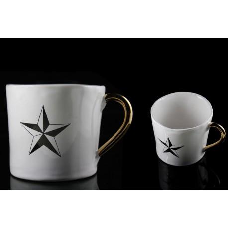 Tasse à motif d'étoile