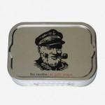 Sardines Capitaine Cook, dos des boîtes dès 2012, France.