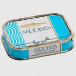 Sardines à l'huile d'arachide, Furic, France.
